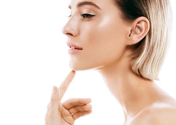 model posing showing perfect skin